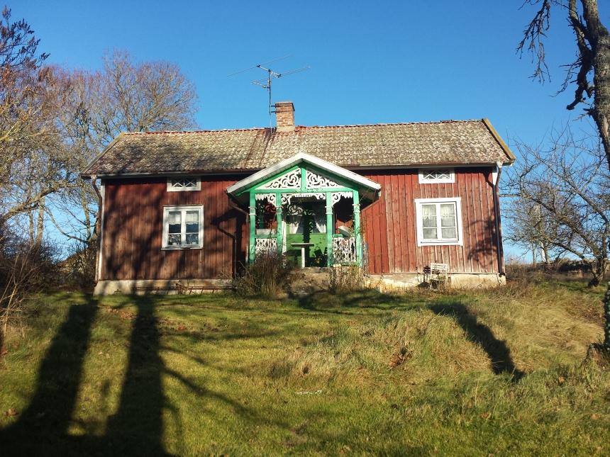 Ett äldre hus vid Skrivaregården Skörstorp 2013