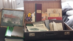 Fotoalbum, brev, minnen från förr