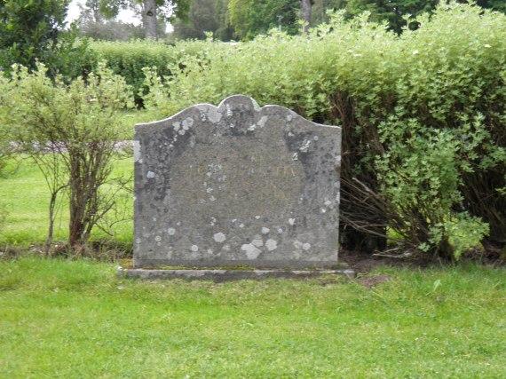 Albert Andersson och Sofia Malmgrens grav vid Sandhems kyrkogård 2014