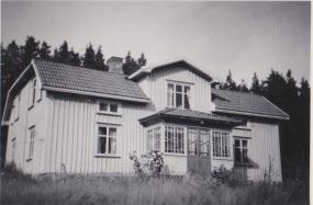 Hallaströmmen Albert och Sofias hem