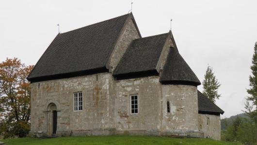 Suntak gamla kyrka från 1130